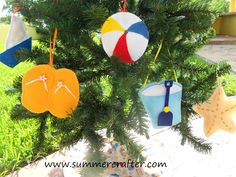 christmas tree with felt ornaments