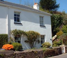 Mariners Cottage, Stoke Gabriel, Totnes, Devon. Pet Friendly Self Catering Holiday Accommodation in England.