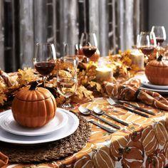 Fall Table Settings, Thanksgiving Table Settings, Thanksgiving Tablescapes, Thanksgiving Decorations, Place Settings, Friendsgiving Ideas, Holiday Tablescape, Autumn Decorations, House Decorations