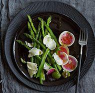 Shaved Watermelon Radish and Asparagus Salad with Castelvetrano Olives and Gouda - Recipe - FineCooking Radish Recipes, Salad Recipes, Healthy Recipes, Cantaloupe Recipes, Delicious Recipes, Vegetarian Recipes, Healthy Food, Healthy Eating, Cooking Recipes