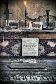 Haunted piano - One can only imagine the eerie sounds this makes in the middle of the night....