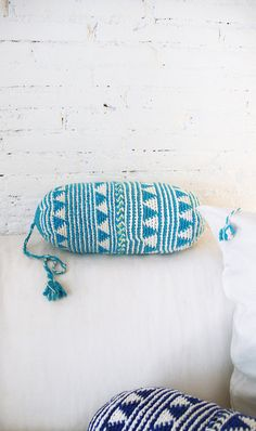 Coussin au Crochet Marrakech  bleu par lacasadecoto sur Etsy
