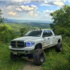 """Had to share @lhd_6speedmega 10"""" lifted Ram with our long arm suspension lift! This build is awesome and definitely deserves recognition! Check out his instagram and follow if you love it! #Dodge #Ram #Megacab #6speed #diesel #cummins #TGC..."""