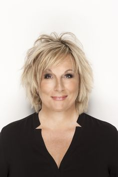 Jennifer Saunders - I would go into full-on fan girl mode if I saw her.                                                                                                                                                                                 Mehr