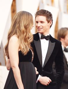 Eddie Redmayne and his wife Hannah attend the 88th Annual Academy Awards on February 28, 2016 in Hollywood, California