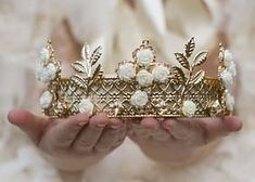 How To Select Little One Dresses This Lovely Half Crown Tiara Is Adorned With A Gold Design And Creamy Roses. Would Make An Excellent Prop For A Little Royal Princess Crown Aesthetic, Queen Aesthetic, Gold Aesthetic, Princess Aesthetic, Athena Aesthetic, Cinderella Aesthetic, Disney Aesthetic, Narnia, Color Splash