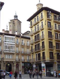 Adoquines y Losetas.: Torres de San Cernin