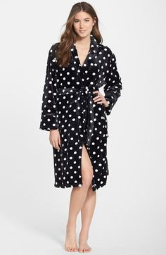 Free shipping and returns on PJ Salvage Plush Robe at Nordstrom.com. This velvety-soft robe is sure to be a loungewear favorite with its charming print and cozy feel.