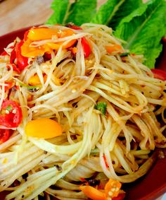 Green Papaya Salad- the way I learned from grandmas on the streets of Thailand. One of my favorite spicy salads of all time.Spicy Green Papaya Salad- the way I learned from grandmas on the streets of Thailand. One of my favorite spicy salads of all time. Easy Salad Recipes, Easy Salads, Spicy Recipes, Asian Recipes, Vegetarian Recipes, Cooking Recipes, Healthy Recipes, Healthy Meals, Laos Recipes