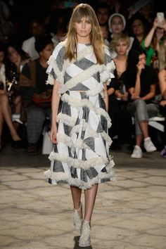 Christian Siriano Spring 2016 Ready-to-Wear Fashion Show