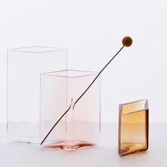 """iittala Ruutu Salmon Pink Vase – 5-1/2"""" - iittala Ruutu Vases"""