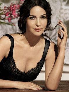 Monica Bellucci sultry in a black lace tank dress Beautiful Celebrities, Beautiful Actresses, Most Beautiful Women, Hollywood Actresses, Actors & Actresses, Hollywood Fashion, Actrices Sexy, Italian Beauty, Italian Fashion