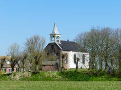 Op de wierde van Jukwerd ( gemeente Appingedam ) staat deze oude kerk gebouwd in 1866. 15 april 2015.  http://gereichenberg.blogspot.nl/2015/04/appingedam_15.html