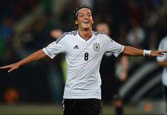 No.8 German Midfielder, Mezut Ozil.
