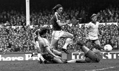 11 November 1978 Andy King collects a back-heel from Martin Dobson and side-steps Chelsea keeper, Phillips, before slipping the ball home
