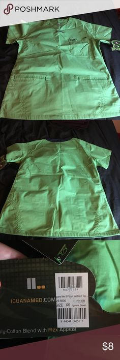 XS scrub Top Like green. Iguanamed brand. 3 pockets! Great material. No bottoms available Other