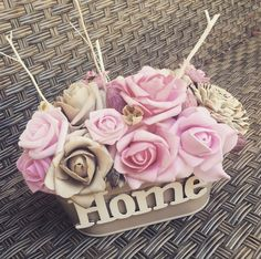 Diy Flowers, Netflix, Sweet Home, Shabby Chic, Home And Garden, Bouquet, Christmas Ornaments, Holiday Decor, Drawers