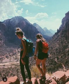 hiking, hiking with your best friends, athletic adventures with your friends
