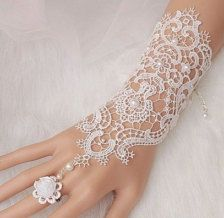 nice ON SALE Bridal gloves, Wedding glove, lace bridal gloves, bridal cuff, Lace Wedd.by duratan-wedding. Lace Bridal, Bridal Cuff, Bridal Henna, Lace Wedding, Lace Jewelry, Wedding Jewelry, Jewelery, Hand Gloves, Wedding Gloves
