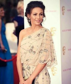 We have collected some best hairstyle moments of  Michelle Keegan 🙌💟. Let's take a look and steal her style 😍 👉https://www.cliphair.co.uk/hair-extensions-news/celebrity-hair-extensions/steal-her-style-michelle-keegan/