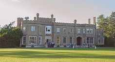 Tucked away into Nonsuch Park is this gorgeous mansion, which is capable of accommodating celebrations of up to 200 guests