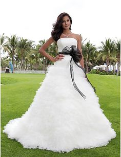 2016年 小柄な花嫁の夜会服をランティング/プラスウェディングドレスチャペルの列車のストラップレスサテン/チュールのサイズ コレクション – ¥22328