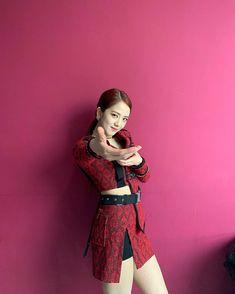Black Pink Yes Please – BlackPink, the greatest Kpop girl group ever! Blackpink Jisoo, Kim Jennie, Kpop Girl Groups, Korean Girl Groups, Kpop Girls, Yg Entertainment, K Pop, Black Pink ジス, Rapper