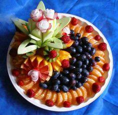 creative fruit salad & display
