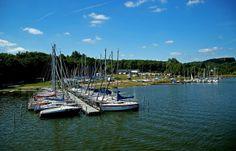 So, 60 Tage nach Ostern ... ist heute das Wetter so wie es sein soll. Warm und sonnig. Besonders am Bostalsee. Wobei übermorgen die Tage ja wieder kürzer werden. Doch da denken wir vorerst noch nicht dran, nur an den heutigen Feiertag Fronleichnam. :-) http://de.wikipedia.org/wiki/Fronleichnam