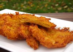 Sütőtök tócsni | Antukné Ildikó receptje - Cookpad receptek Hungarian Recipes, Hungarian Food, Onion Rings, Food To Make, Vegan Recipes, Food And Drink, Veggies, Menu, Snacks