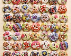Wooden Buttons - 49 Painted Wood Buttons Floral Design Assortment 15mm B155