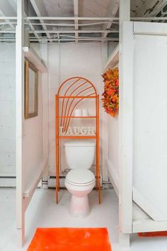 bad property photos of bathroom