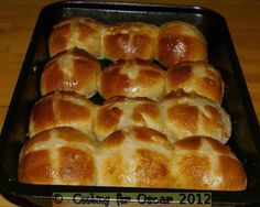 Cooking For Oscar: Pear Hot Cross Buns