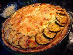 Zucchini, pepper quiche with ricotta and mozzarella - delish! #10fitch #gourmet #breakfast www.10fitch.com #FingerLakes
