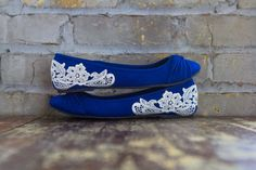 Wedding Flats - Bridal Ballet Flats, Blue Wedding Shoes, Reception Flats, Cobalt Blue Flats, Blue Bridal Shoes with Ivory Lace. US Size 9