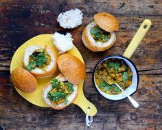 MsMarmiteLover: Recipe: bunny chow with peach curry