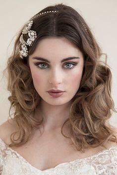 Beautiful dark blonde/light brown hair. Wedding hairstyle. Art Deco rhinestone side bridal headband, Clam, vintage, wedding headband, Pearl headband