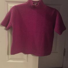 Apostrophe Cropped Sweater Apostrophe Cropped Sweater - Fuchsia size Small. Short sleeve and turtle neck. Apostrophe Sweaters Cowl & Turtlenecks