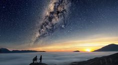 East Java, Indonesia Photography by Justin NG Best Vacation Spots, Best Vacations, Aliens, Cosmos, Voyager Loin, Sky Full Of Stars, Imagines, Milky Way, Night Skies