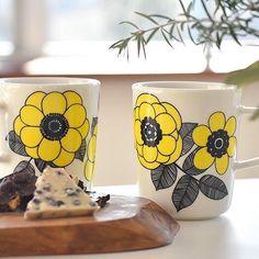 ✨Preorder✨ 💥Japan Limited💥 สินค้าแบรนด์ marimekko ‼️วางจำหน่ายวันที่ 27/1/2017 ‼️ KESTIT MUG วัสดุ : Porcelain ขนาด : Ø 8 x H 9.5 cm 250 ml ราคา 1,555 บาท สนใจสั่งสินค้า 📱📩 Add Line ID : honeybakeryhouse ได้เล๊ยค่าาาา~ สนใจเข้ากลุ่มพรีออเดอร์ญี่ปุ่น 🇯🇵🛍 ❗️Add Line มาแล้วรบกวนส่งข้อความแจ้งด้วยนะคะว่า สนใจเข้ากลุ่ม❗️ #marimekko #marimekkoplate #marimekkokestit #marimekkopreorder #marimekkothailand #zakka #zakkacafe #zakkashop #zakkabangkok #zakkathailand #kitchenware #mynameisnapat