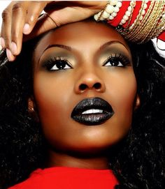 Black lips with pretty smokey eye