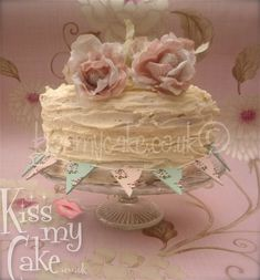pinterest vintage shabby chic 1st birthday cakes for girls | Pretty shabby chic buttercream cake