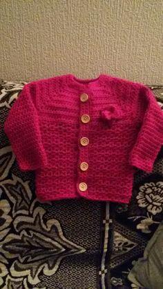 Meisjesvestje . Patroon van wolplein.nl Sweaters, Baby, Fashion, Moda, Fashion Styles, Sweater, Newborns, Babys, Infant
