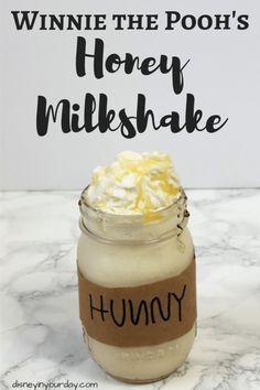 Snacks Disney, Disney Drinks, Disney Desserts, Disney Food Recipes, Honey Dessert, Dessert Crepes, Desserts With Honey, Milk Shakes, Milkshake Recipes