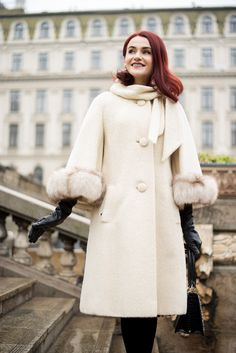 The fabulous Lilli Ann – Andreea Balaban Vintage Dresses, Vintage Outfits, Vintage Fashion, Vintage Style, Shades Of Beige, Autumn Street Style, Lady, Stuart Weitzman, Style Icons
