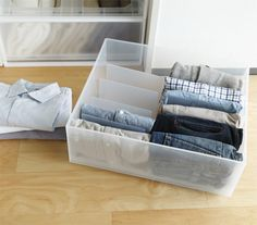 Muji drawers + file organizer = no-fail upright clothing folding Muji Storage, Closet Storage, Home Organisation, Storage Organization, Declutter Bedroom, Organize Room, Muji Home, Muji Style, Closet Hacks