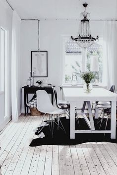black and white + dining + modern + ultra chic #8thandsupreme