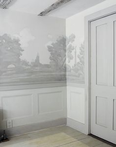 Trompe l'oeil painted walls | i love this when in washed out greys