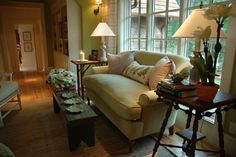 nature inspired ... Linda Woodrum's Design Basics : Decorating : Home & Garden Television
