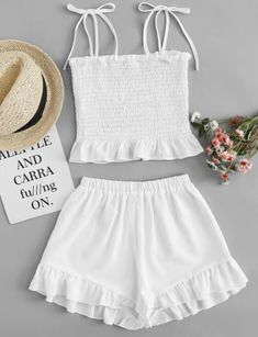 4 Beach Outfit Trends You Don't Want To Miss This Summer, Summer Outfits, Beach Outfit Trends You Don't Want To Miss This Summer. Girls Fashion Clothes, Teen Fashion Outfits, Kids Outfits, Girl Fashion, Crop Top Outfits, Cute Casual Outfits, Cute Summer Outfits, Beach Outfits, Outfit Beach